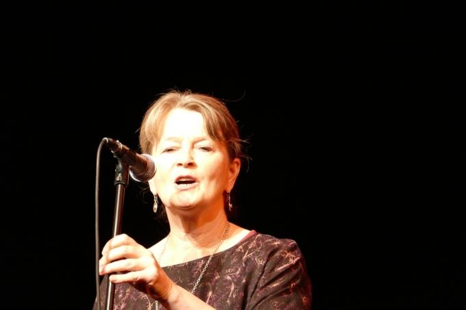 Photo Pádraigín Ní Uallacháin, Tom Crean Concert